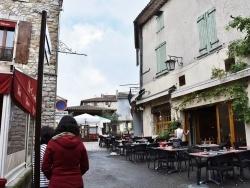 Photo paysage et monuments, Vallon-Pont-d'Arc - le Village