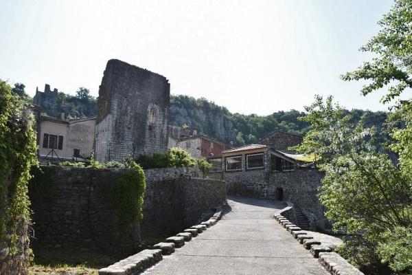 Photo Vogüé - le Village
