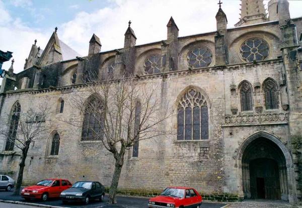 Photo Mirepoix - Ancienne cathédrale Saint-Maurice
