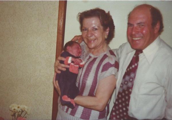 Papa et Maman en 1983 à la naissance de mon fils Thierry