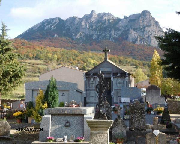 BUGARACH - Le cimetière