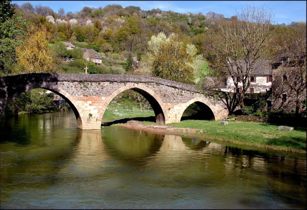 Photo Belcastel - le pont