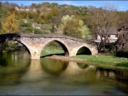 Photo paysage et monuments, Belcastel - le pont