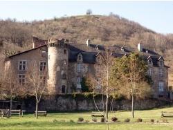 Photo paysage et monuments, Bouillac - Le château vue du stade