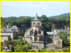 Photo paysage et monuments, Bozouls - LE TROU DE BOZOULS ET SON EGLISE