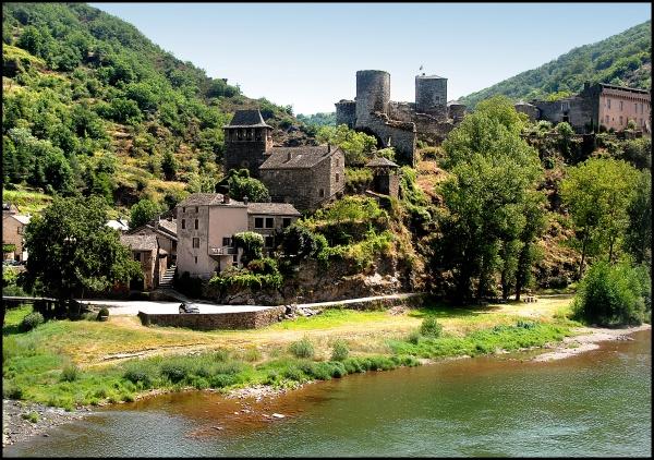 Photo Brousse-le-Château - le chateau
