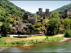 Photo paysage et monuments, Brousse-le-Château - le chateau