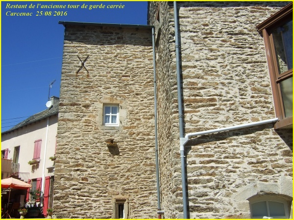 Restes des tours de garde à Carcenac Peyrales  (Baraquevilles)