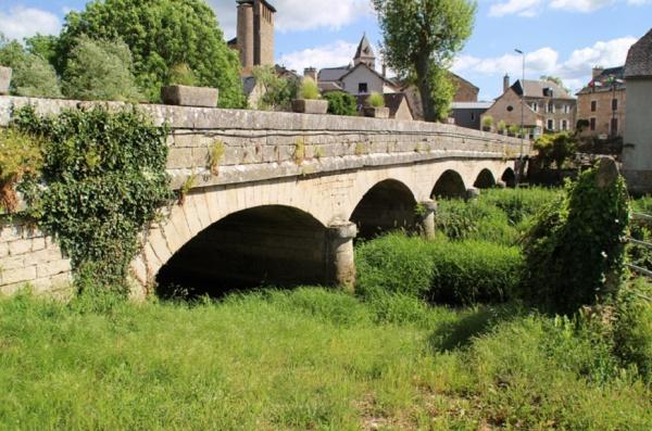 Photo Coussergues - Pont sur Laserre
