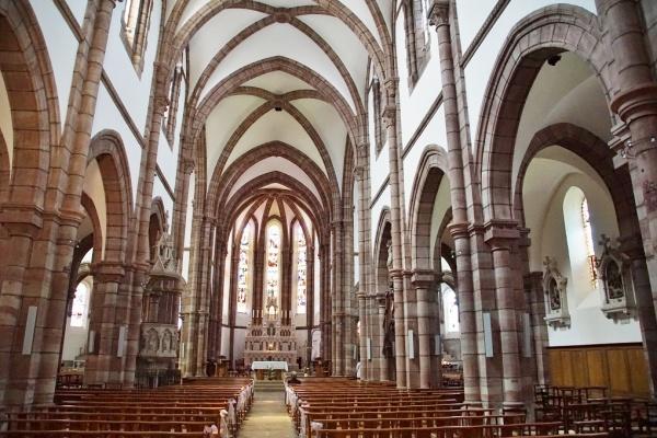 Photo Espalion - église saint Jean Baptiste