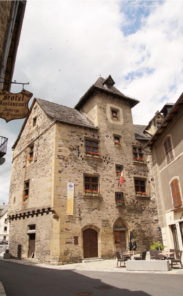 Photo Estaing - La Mairie