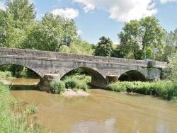 Photo paysage et monuments, Gaillac-d'Aveyron - le pont