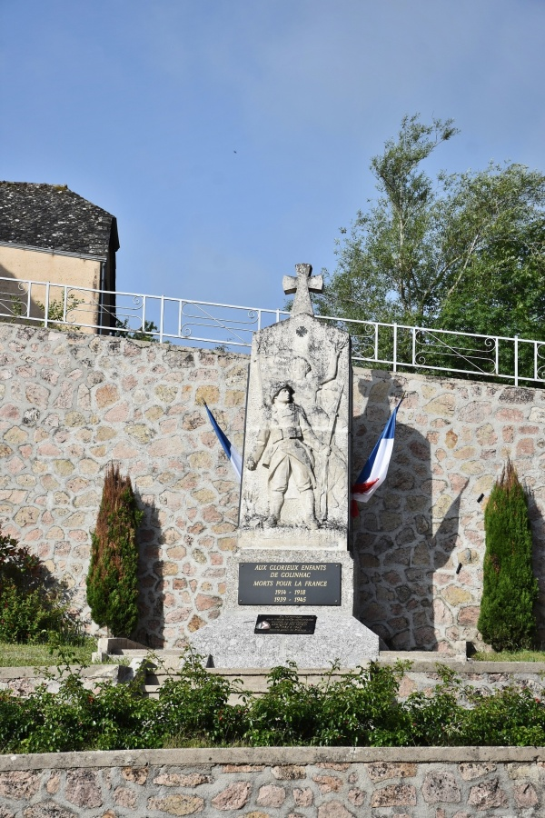 Photo Golinhac - le monument aux morts