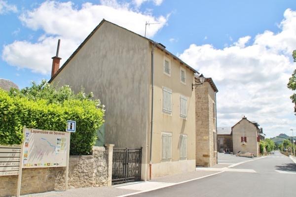 Photo Lapanouse - le village