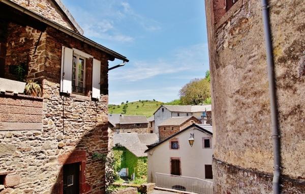 Photo Mounes-Prohencoux - Le Village