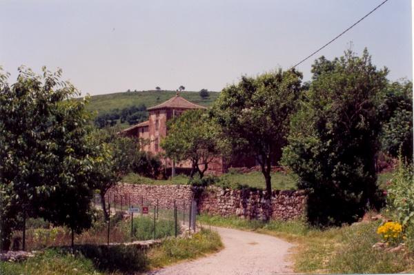 Photo Mounes-Prohencoux - Château de Falgous en 2004 la tour carrée