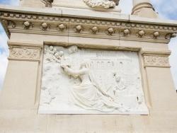 Photo paysage et monuments, Saint-Geniez-d'Olt - le Monuments saint Marie