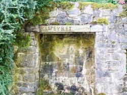 Photo paysage et monuments, Saint-Geniez-d'Olt - le puit