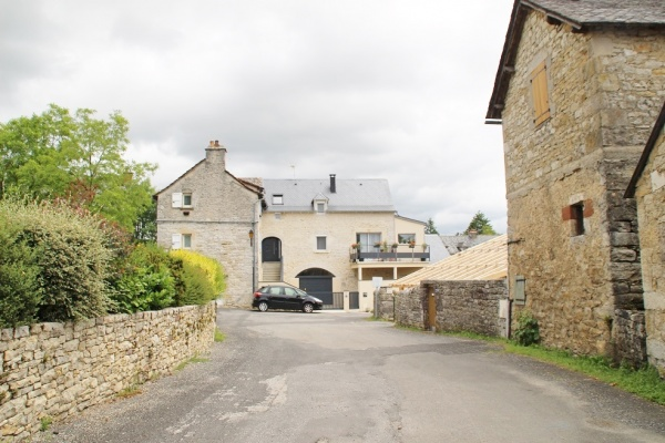 Photo Sébazac-Concourès - Le Village
