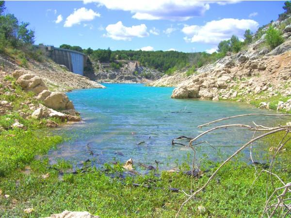 Photo Aix-en-Provence - Le lac de Bimon à Aix en Provence