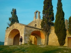 Photo paysage et monuments, Eygalières - La chapelle Saint Sixte à Eygalière (13) XII ème siècle