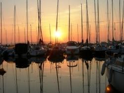 Photo paysage et monuments, Istres - Lever de soleil au port