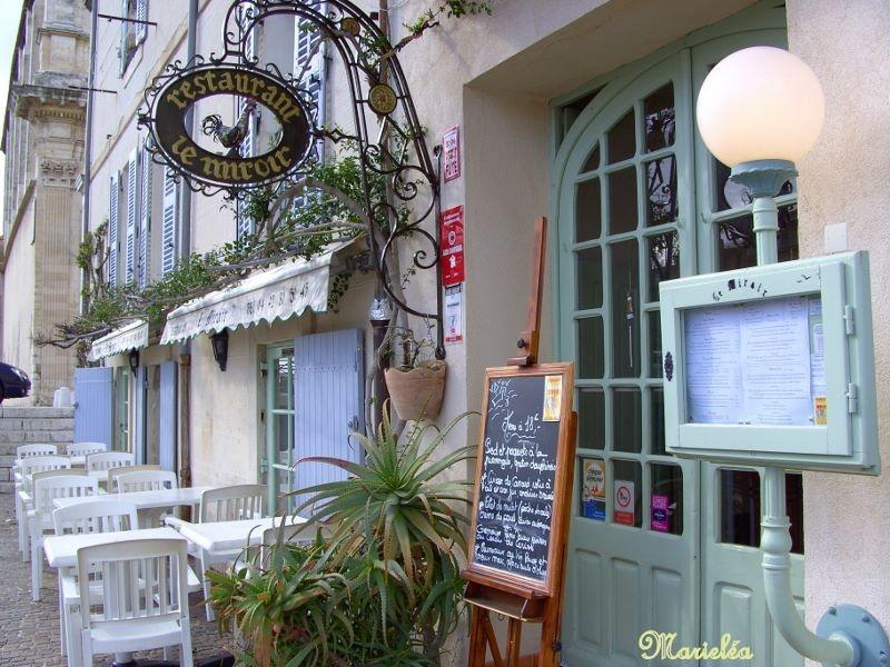 Restaurant quai brescon miroir aux oiseaux une photo for Restaurant le miroir