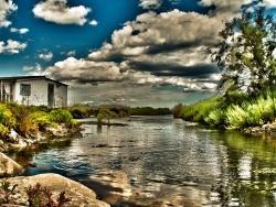 Photo paysage et monuments, Port-Saint-Louis-du-Rhône - La maison au bord de l'eau
