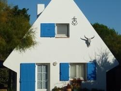 Photo paysage et monuments, Saintes-Maries-de-la-Mer - Une petite maison de Camargue