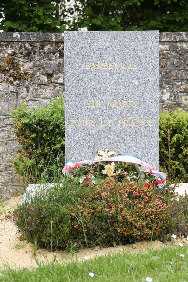 Photo Barbeville - Monuments Aux Morts