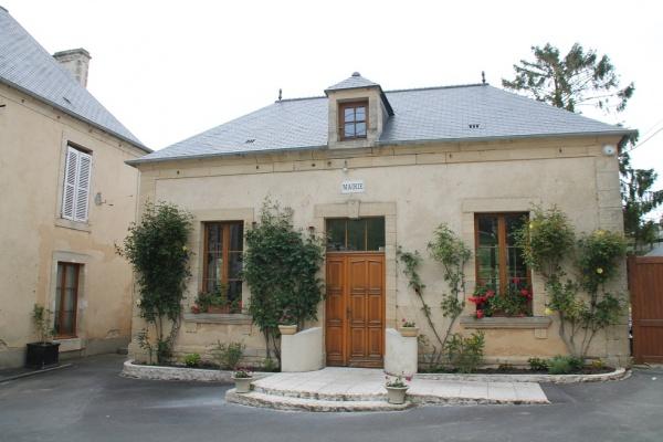 Photo Bernesq - la Mairie