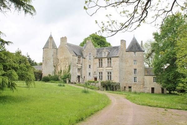 Photo Bernesq - le Château