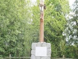 Photo paysage et monuments, Le Breuil-en-Bessin - la croix