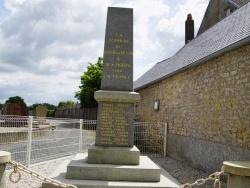 Photo paysage et monuments, Le Breuil-en-Bessin - le monument aux morts