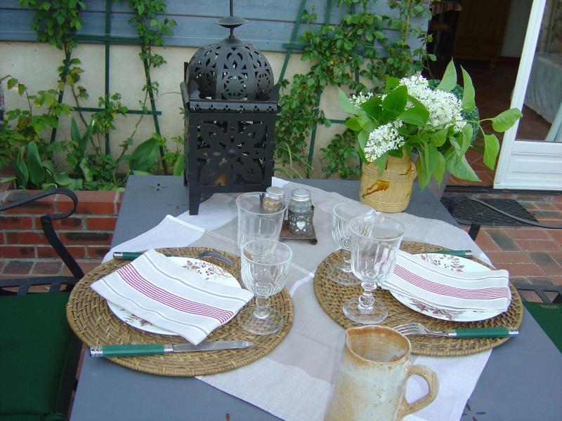 terrasse aux pommiers une photo de sainte marguerite de viette. Black Bedroom Furniture Sets. Home Design Ideas
