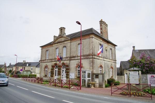 Photo Noron-la-Poterie - la mairie