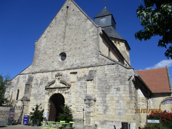 église st Pierre XI e siècle