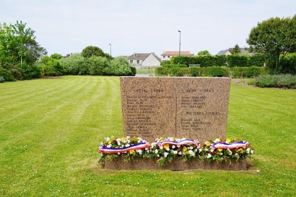 Photo Vierville-sur-Mer - le Monuments Aux Morts