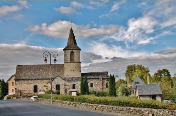 Photo Chalvignac - église St Martin