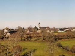 Photo paysage et monuments, Chaussenac - Le bourg vue générale