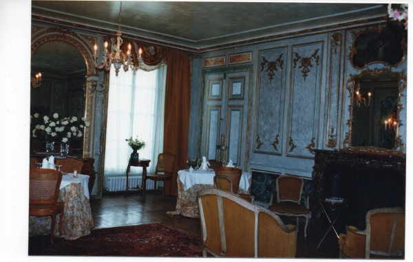 Photo Vic-sur-Cère - INTERIEUR DU CHATEAU DE COMBLAT