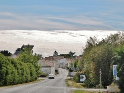 Photo paysage et monuments, Esnandes - Rue du Village
