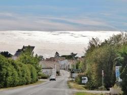 Photo paysage et monuments, Esnandes - Rue du Village