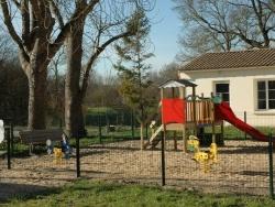 Photo paysage et monuments, Le Gué-d'Alleré - jeux pour enfants