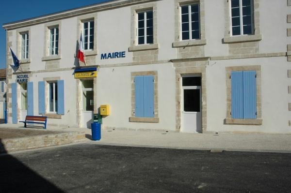 Photo Le Gué-d'Alleré - La mairie du Gué d'Alleré