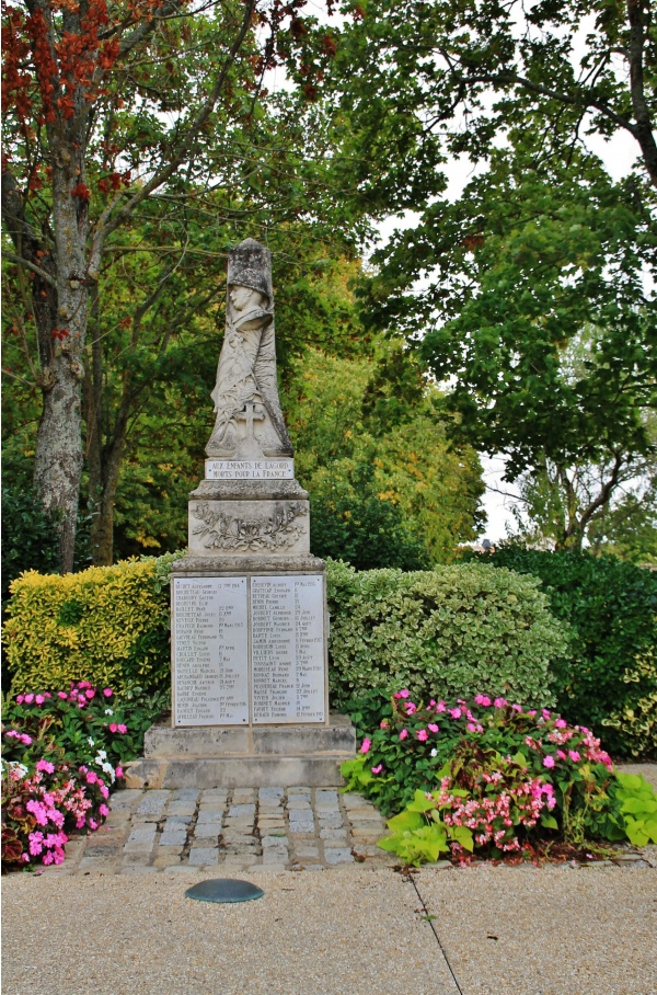 Photo Lagord - Monument aux Morts