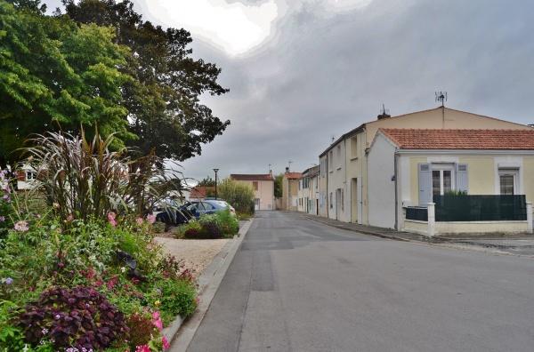 Photo Lagord - Rue du Village