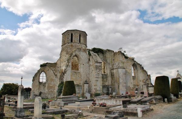 Photo Marans - Ruines de l'église St Etienne