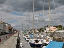 Photo paysage et monuments, Marans - Quai du port de plaisance