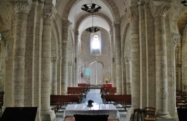 Photo Saint-Sauveur-d'Aunis - église St Sauveur